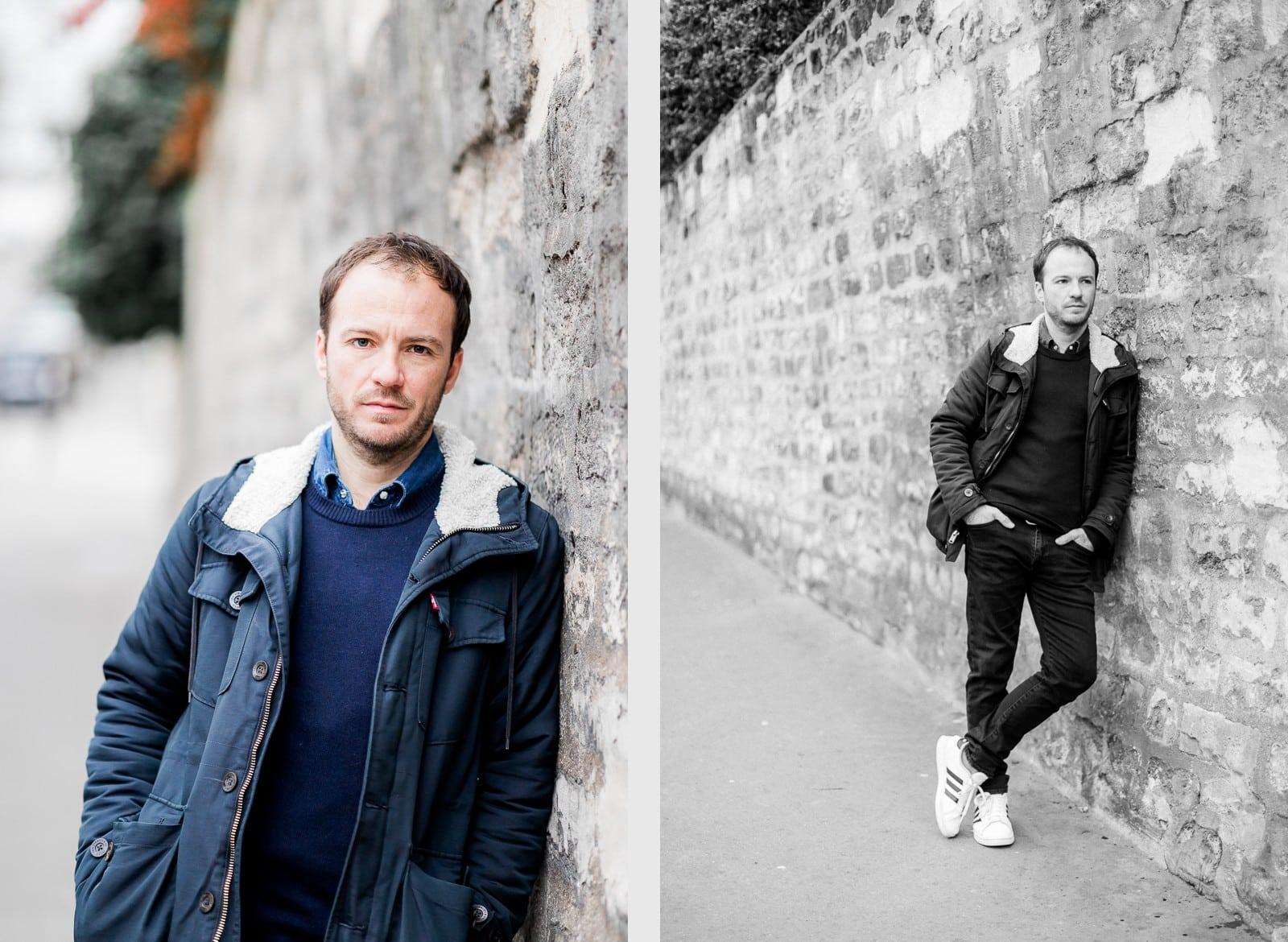 Photographie de Mathieu Dété, photographe de mariage et portrait sur l'île de la Réunion (974), présentant un portrait du chanteur Benoît Dorémus contre un mur de pierres