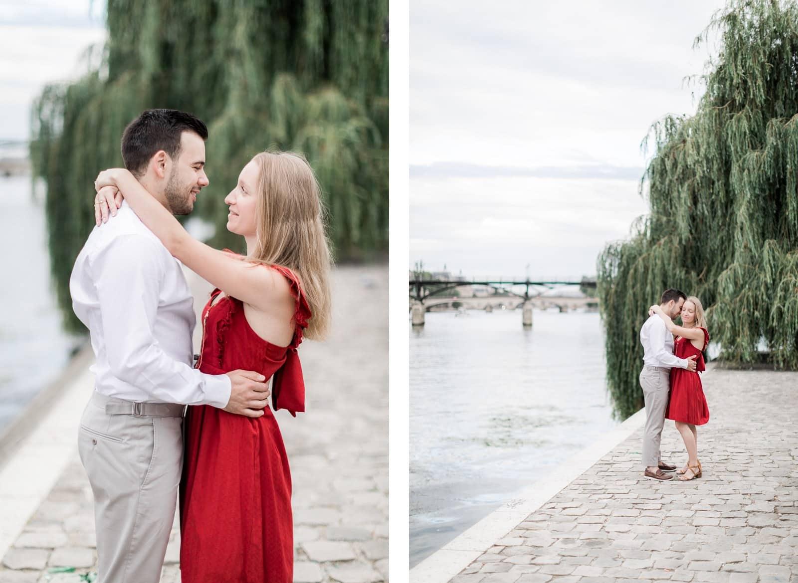 Photo de Mathieu Dété, couple enlacé au bord de Seine à Paris