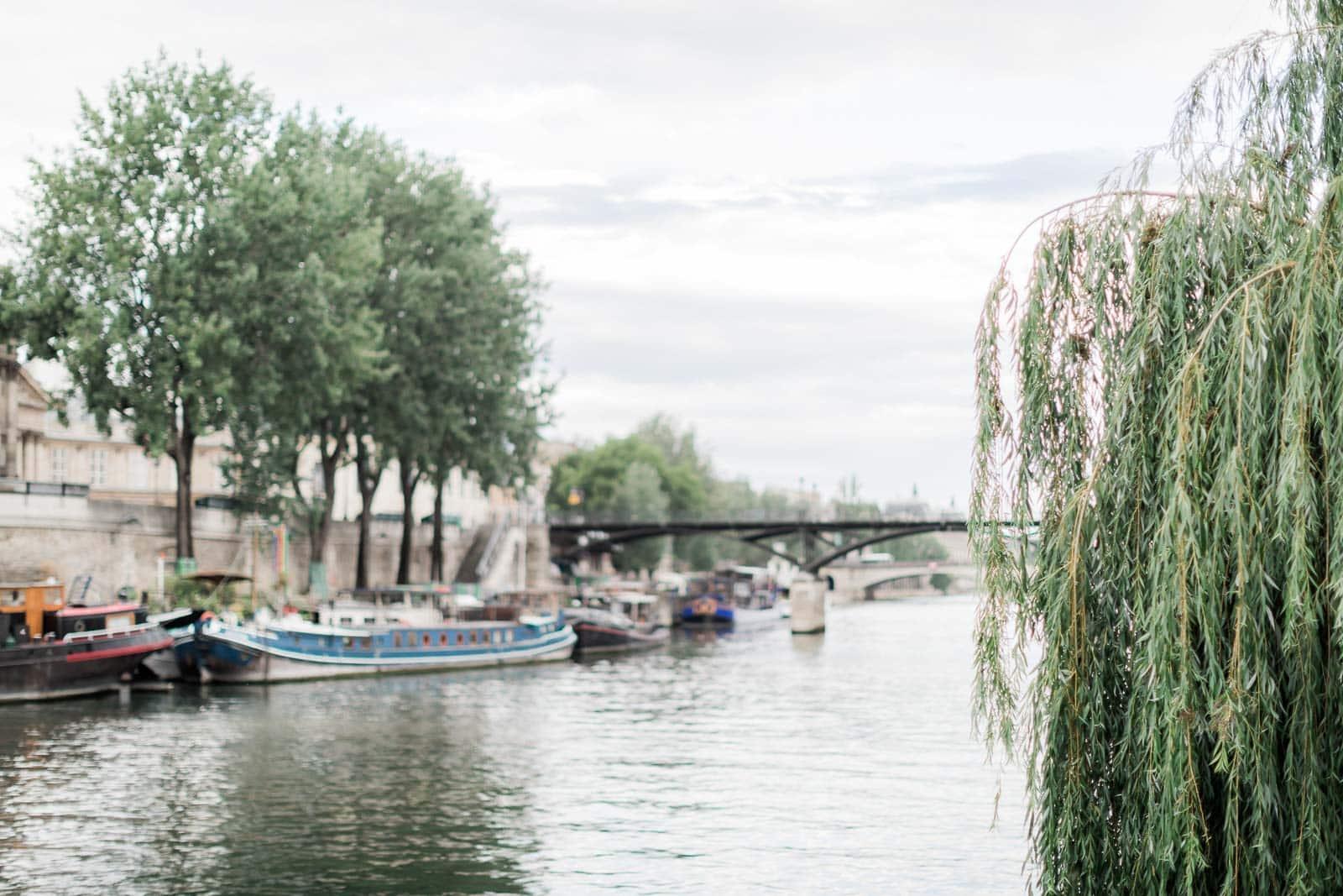 Photo de Mathieu Dété, bord de Seine avec les bateaux