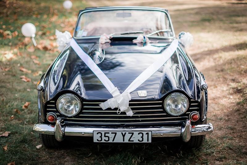 Voiture des mariés - Mathieu Dété Photographe